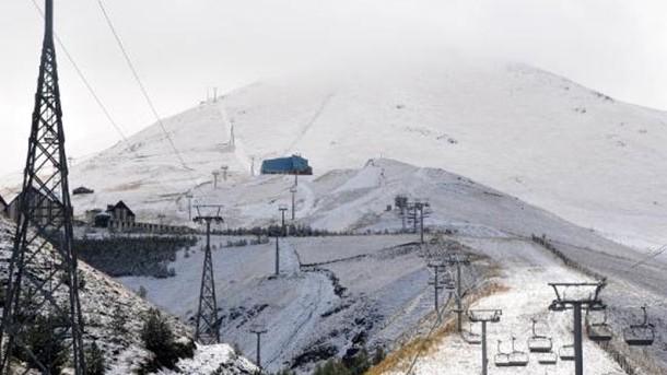 Herkes şaşırdı: Kar kalınlığı 12 santim