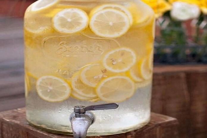 Güne limonlu su ile başlamak için 20 muhteşem neden