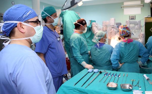 GATA, robotik kalp cerrahisinde Türkiye'de ilklerden biri